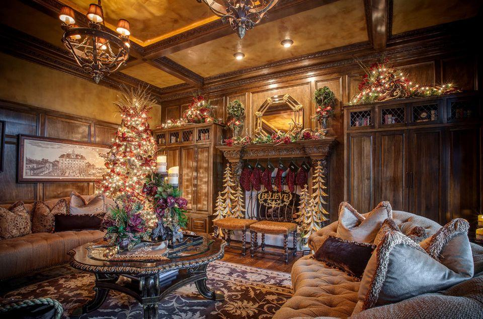 fotosolution-Beautiful-Living-Room Decorating-for-Christmas-Holiday-21