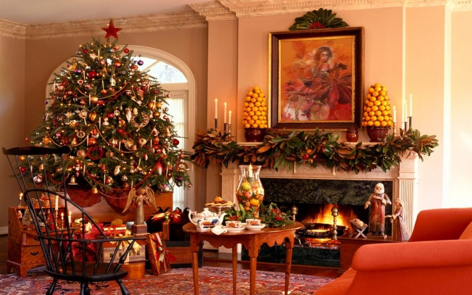 Beautiful Living Room Decorating for Christmas Holiday