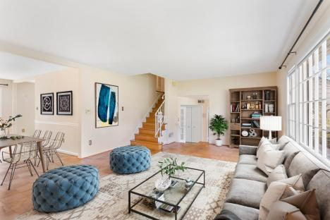 How real estate photography retouching approach to